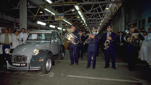 Fin de la production de la Citroën 2CV
