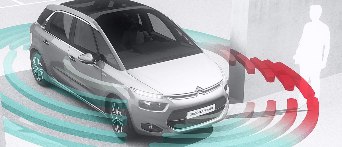 1500x646_Citroen_C4_Picasso_bird_view.jpg